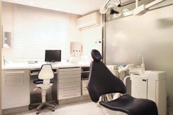 Gabinete de higiene y desinfección periodontal