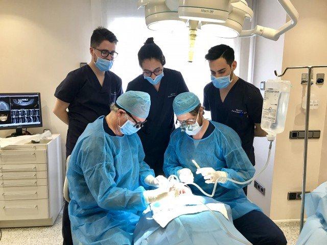 estancia clínica master de periodoncia